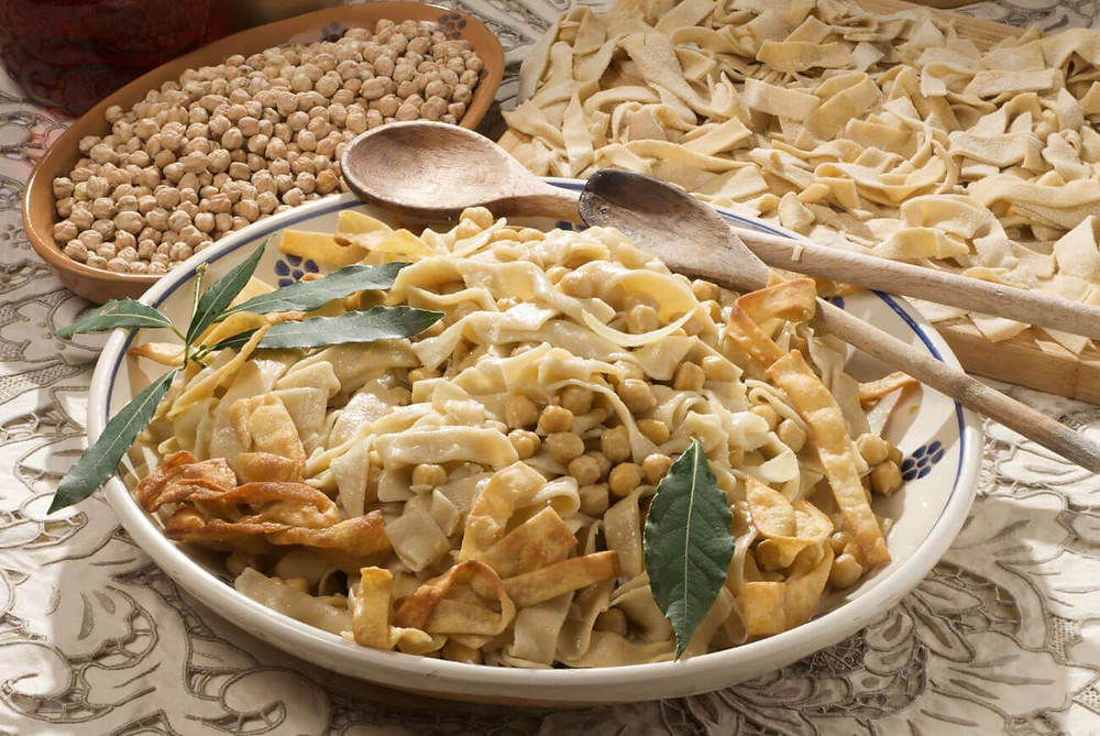 typical dish of puglia italy ciceri e tria pasta
