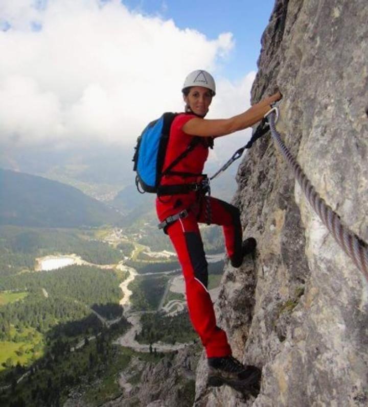 Simona-Rock-Climbing