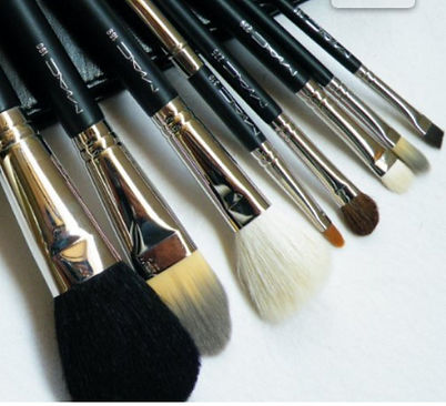 Makeup Lessons in Adelaide - Different Sized Brushes