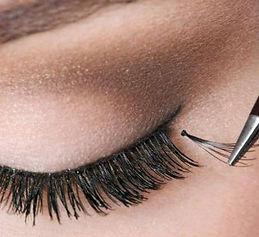 Eyelash Extensions in Adelaide - Application to Eye