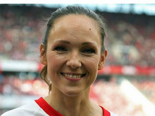 Carolin Kebekus lost nächste Pokalrunde aus
