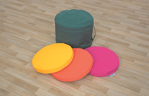 Set of Six Round Floor Pads with Carry Case