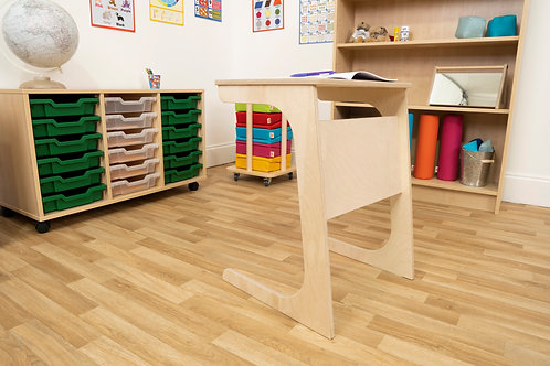 Jolly Back Pull Up Table