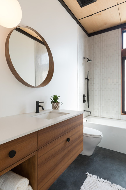 Hemlock - Guest Bath   TRYBE Collective