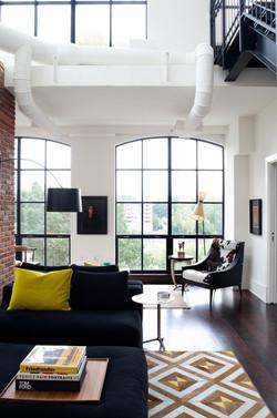 Rosslyn, VA: Living Room