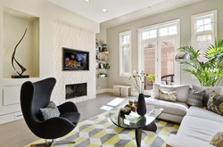 Chicago, IL: Family Room