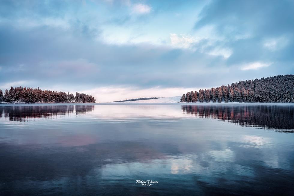 Lac de Servières un soir d'hiver