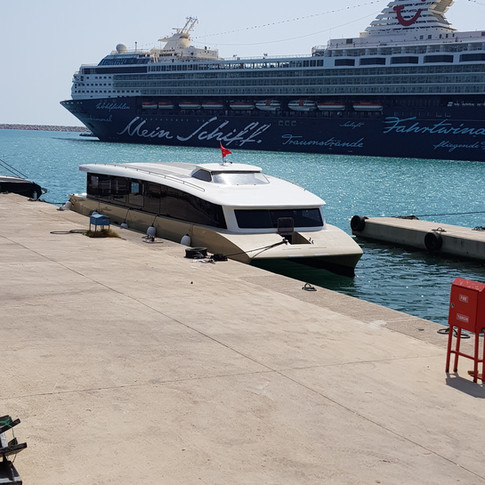 52 px zero emission ferry