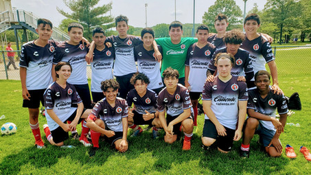 Xolos NJ assists players with College