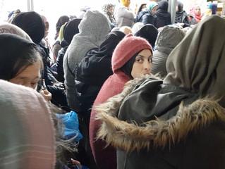 Social distancing im überfüllten Flüchtlingslager ...?