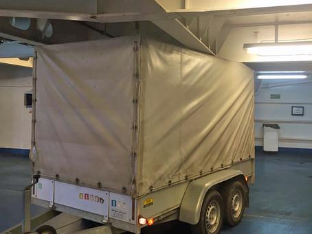 Abenteuer Hilfsgütertransport: Unterwegs mit Auto und Anhänger nach Lesbos