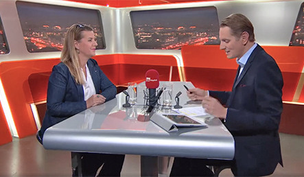 Raquel Herzog im Talk Täglich