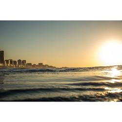 Instagram - Por mais dias assim!!! Nascer do sol em Ipanema, melhor vista: de de