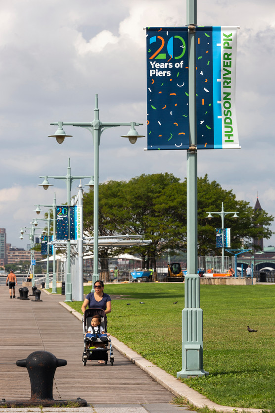 HRPK Signage_Pier 45_Banners_20Years of