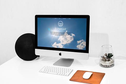 ZLUZWorkspace iMac Mockup.png