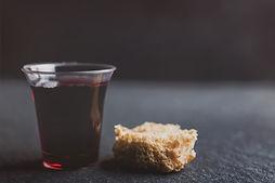 simple communion sundya image.jpg
