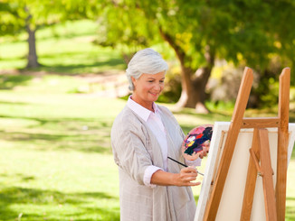 Festészetet, s egyéb kreatív tevékenységeket is tanulhat, hogy még teljesebbek legyenek a napjai.
