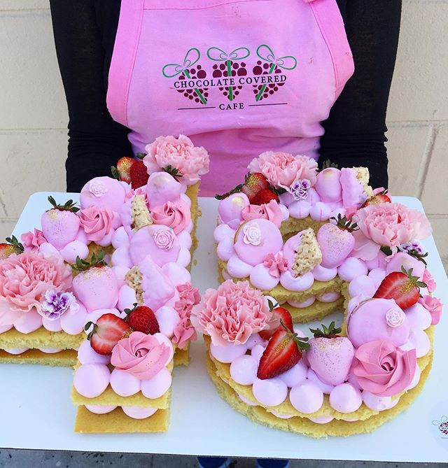 I absolutely LOVE making these cakes for