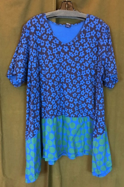 15 - Suntime Tunic-y - Blue Flowers
