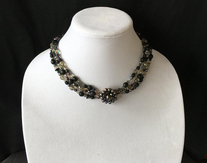 Multi-Beaded Short Necklace