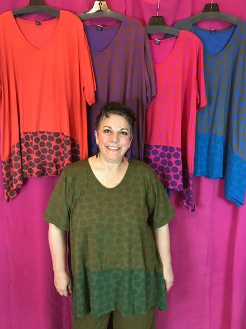 33 - Suntime Tunic-y - Olive Dots
