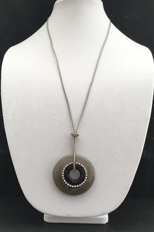 Black Disc Pendant Necklace - P4465