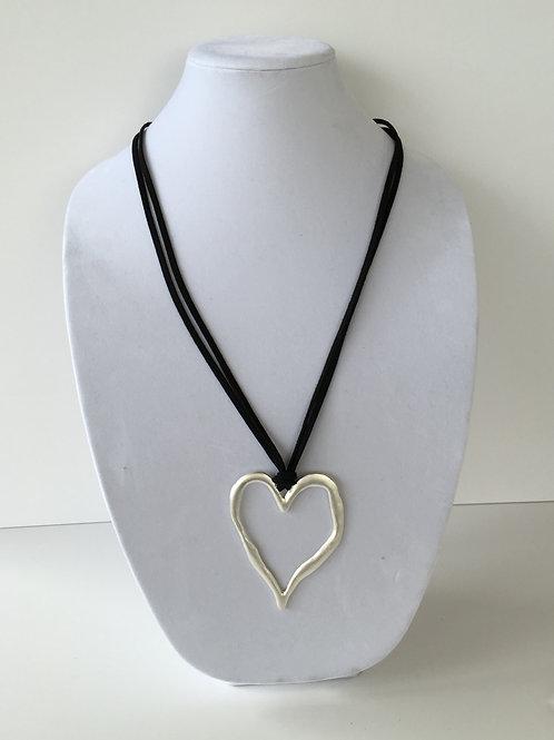 Zzan Heart Necklace