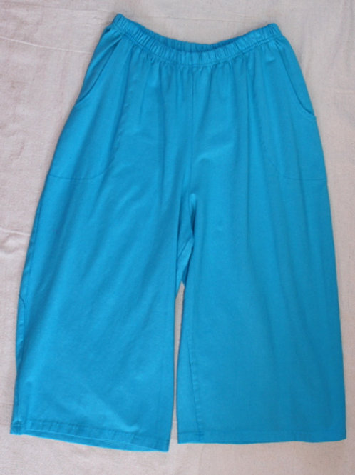 Solid Coastal Capris - Totally Turquoise