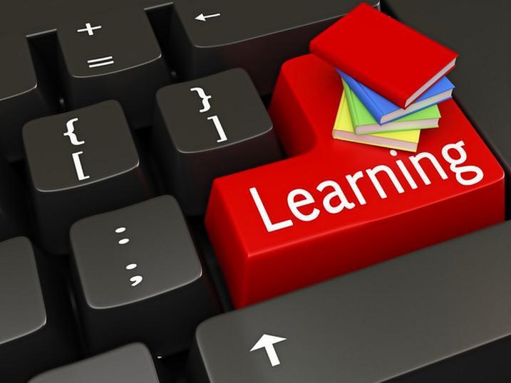 التعلم عبر الانترنت