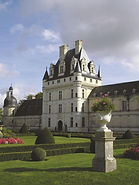 chateau in chateauroux.jpg