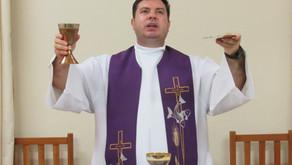 Seminário celebra missa da Quarta-feira da Semana Santa em favor da Igreja de Uberaba