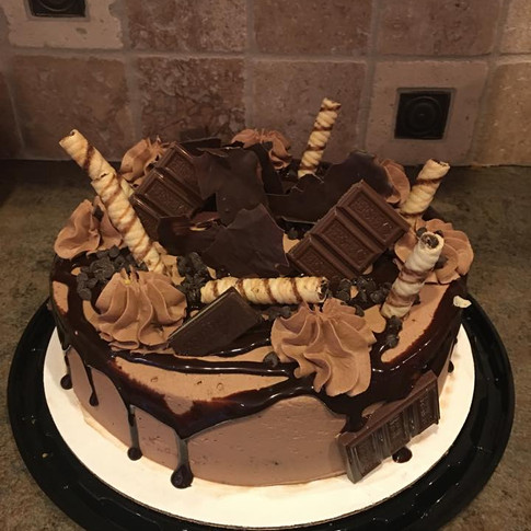 Candy Bar Cake.jpg