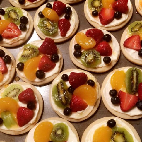 fruit pizza cookies.jpg