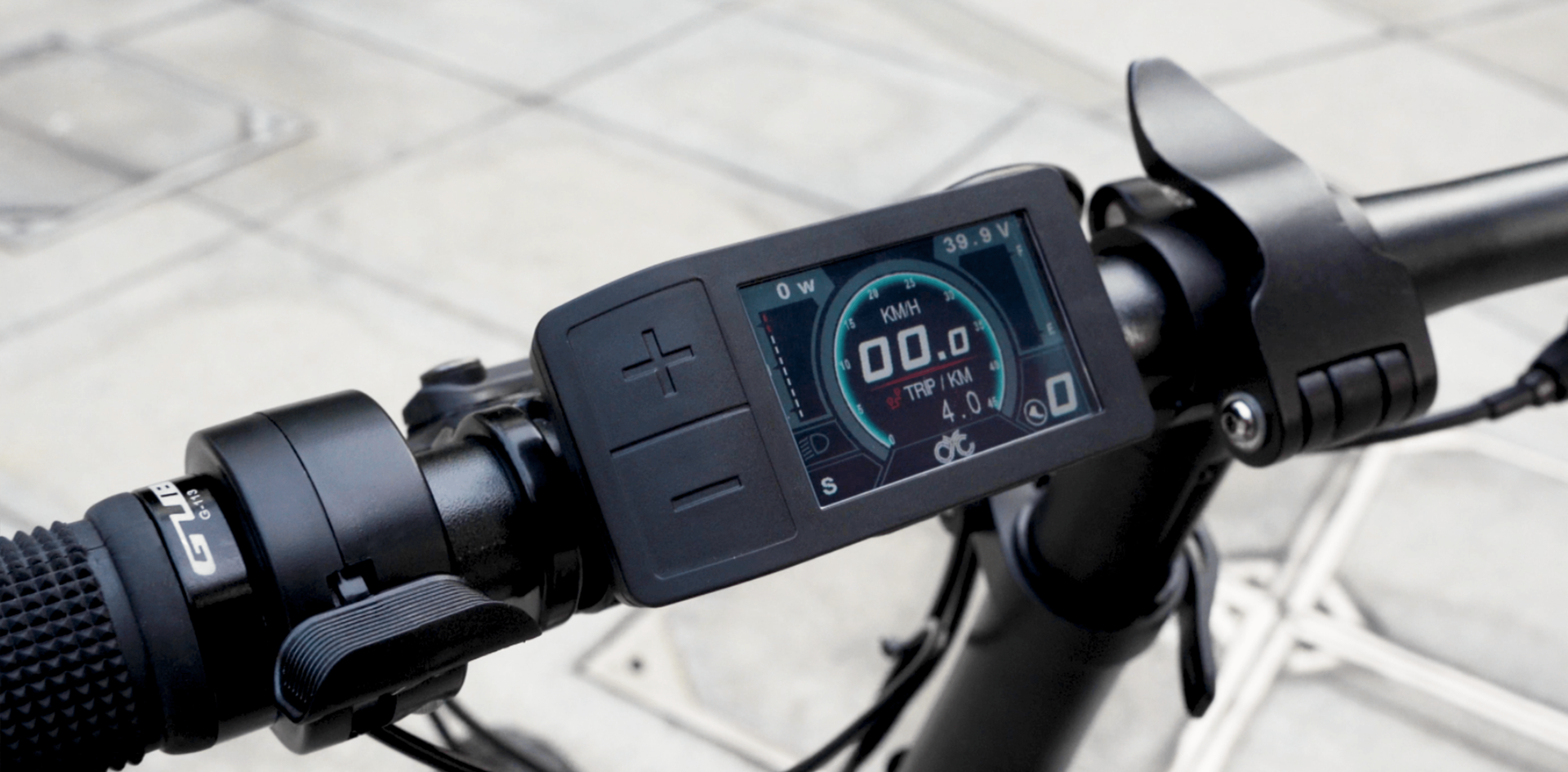 CYC Motor 500c display & thumb throttle