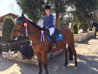 CAVOFIT-Team Reiterin Jill mit Aventus auf dem 2. Platz!
