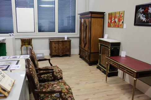 Exposition de meubles