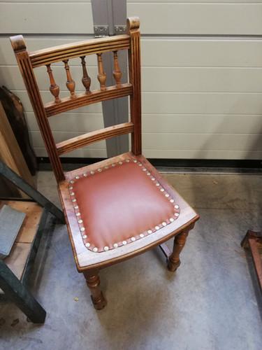 Chaise restaurée