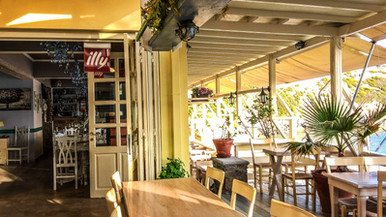 the Le Grand Bleu restaurant