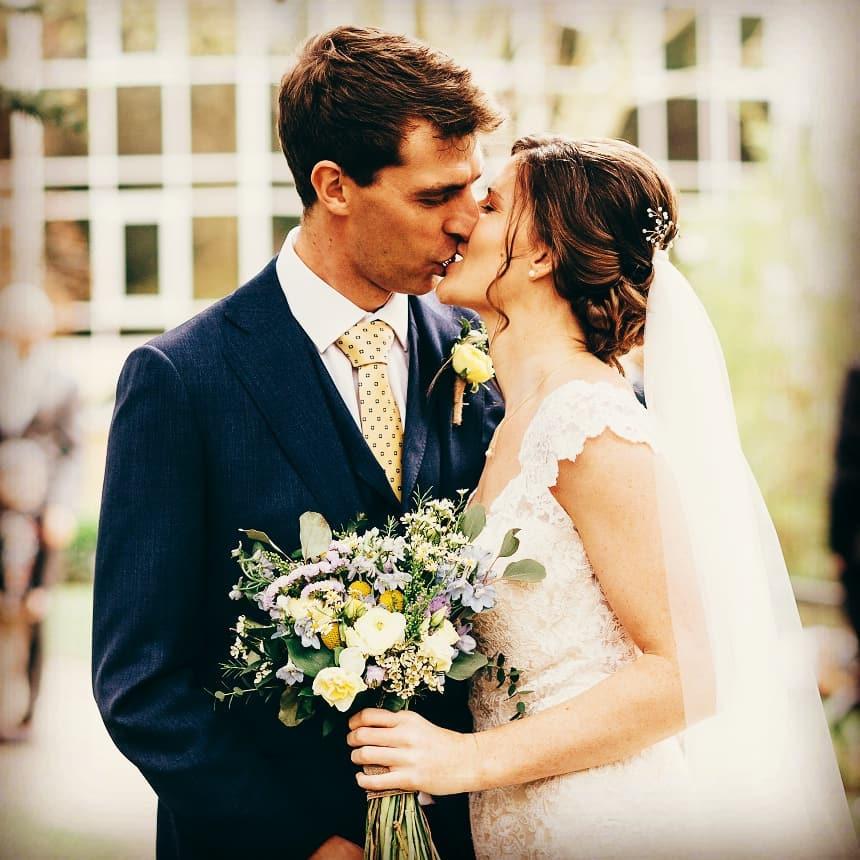 Pastel bridal flowers