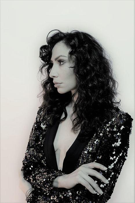Cristina bw profilo.jpg