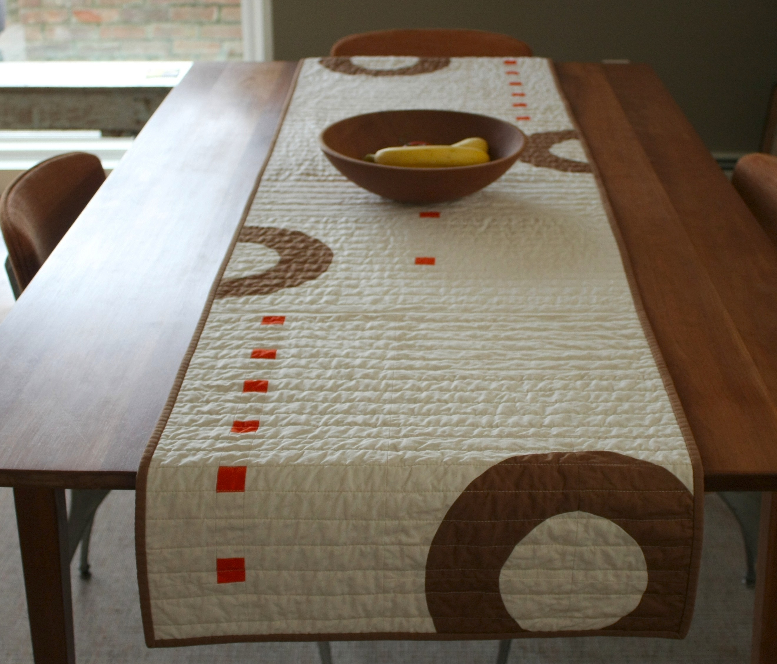 Table Runner (Rings)