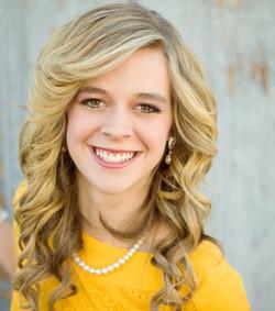 Lauren Smith Headshot