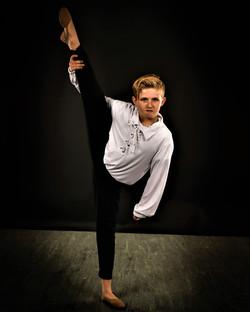 Dance Promo pic Crew leg hold
