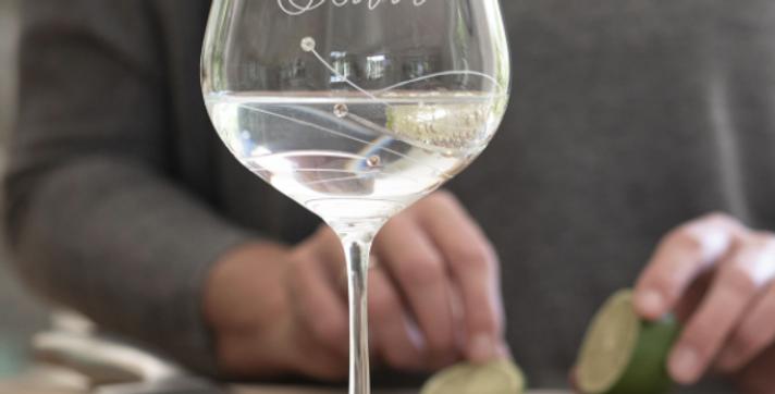 engraved swarovski crystal gin glass