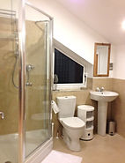 The Beehive Lincoln Private Bathroom to Master Bedroom