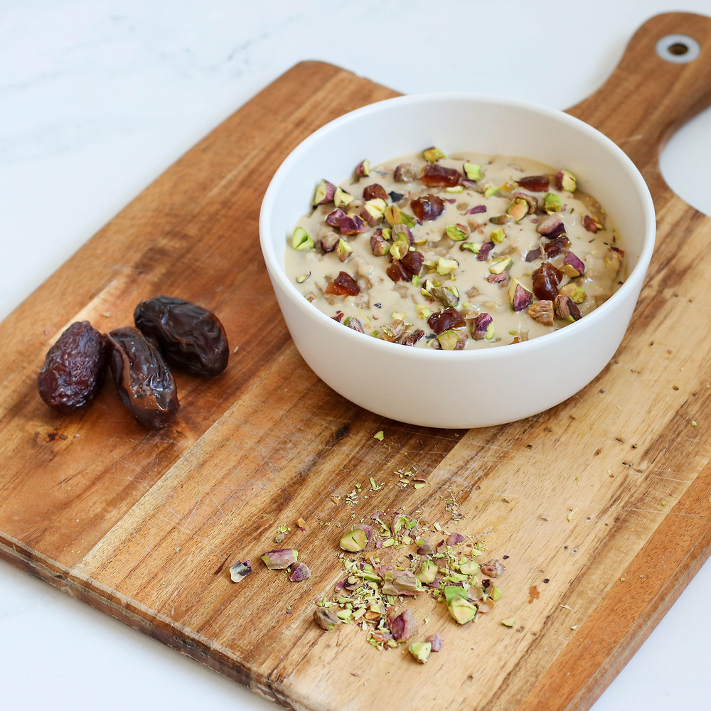 Rose, date and pistachio oatmeal