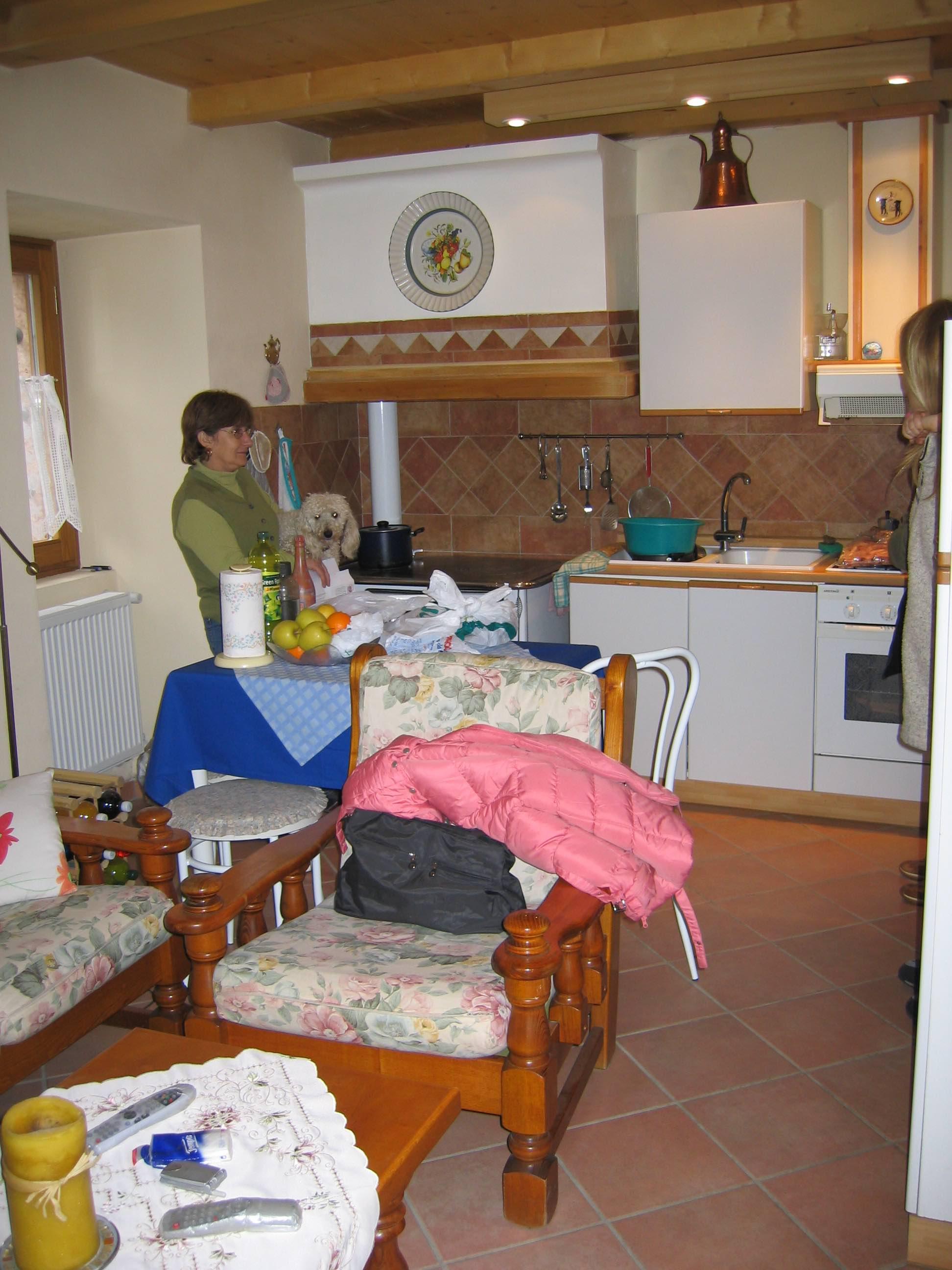 Esther in haar keuken