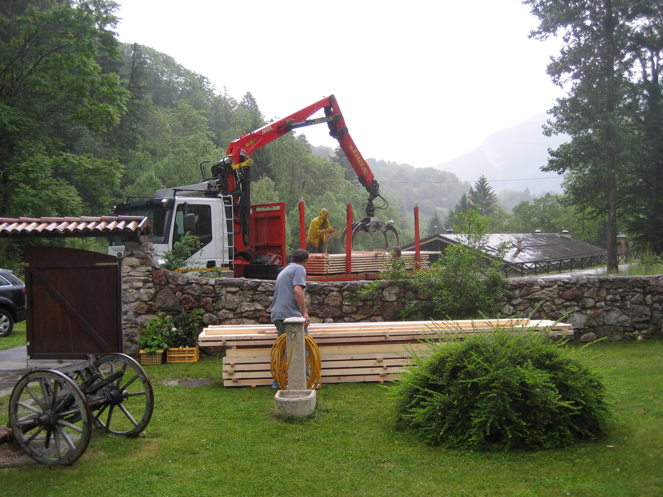 hout voor het terras
