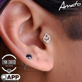 Healed tragus with this _bodygems end! #appmember #safepiercing #tragus #traguspiercing #p
