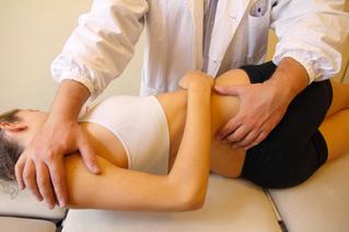Cosa sono le manipolazioni vertebrali in chiropratica